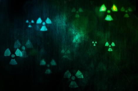 radioactive-wallpapers_28565_1920x1200