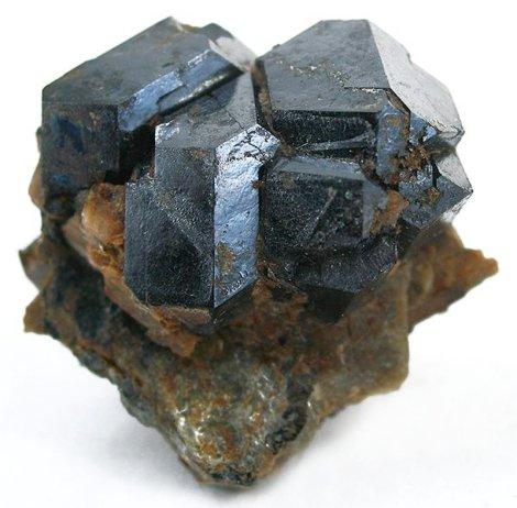 Uraninita, UO2