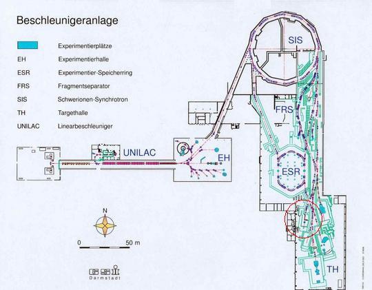 Plano general del sincrotrón del GSI. Encerrado en en círculo rojo, el espacio dedicado a la línea de terapia.