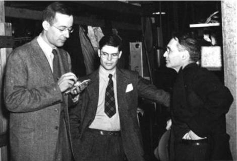 R. Wilson (en el centro) en Harvard a mediados de los ochenta