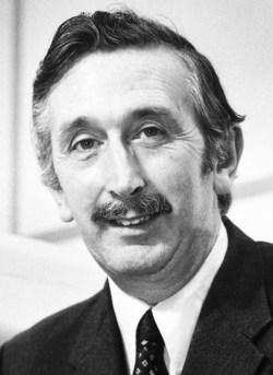 Godfrey N Hounsfield