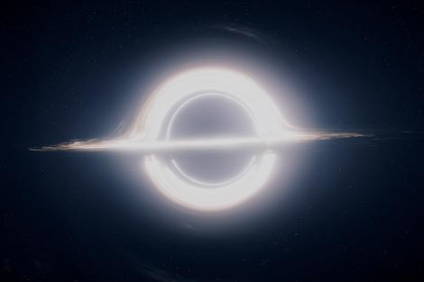 Gargantúa, el agujero negro de 100 millones de veces la masa del Sol.