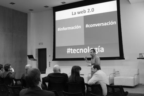 Miguel Ángel Mañez presenta su ponencia
