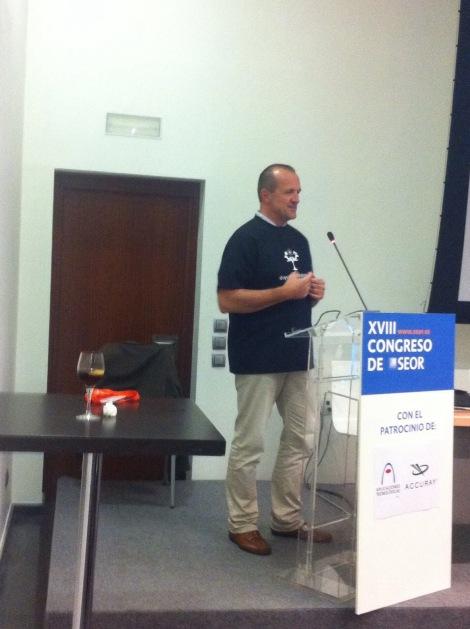 Philip Poortmans durante su charla a los residentes