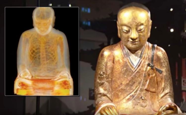Figura 5: El curioso caso del monje budista.