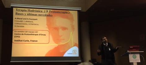 Figura 2. Alejandro Mazal durante su exposición.