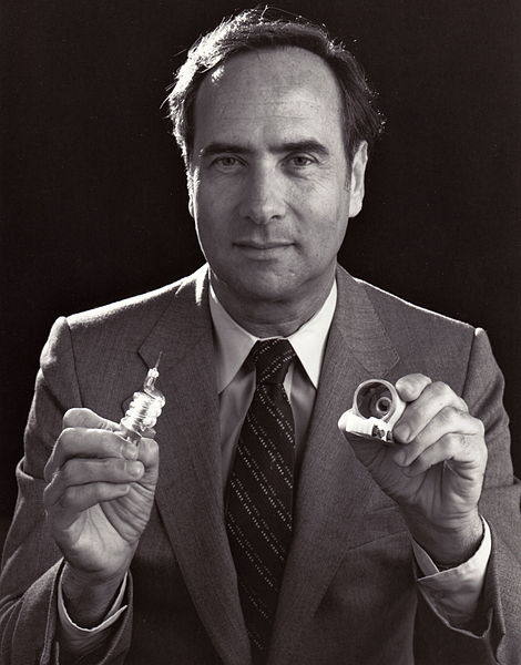 470px-ted_maiman_holding_first_laser